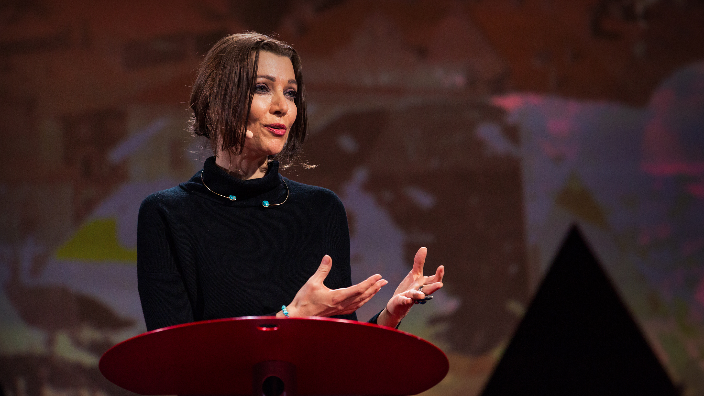 Elif Shafak: How to Remain Sane in the Age of Populism